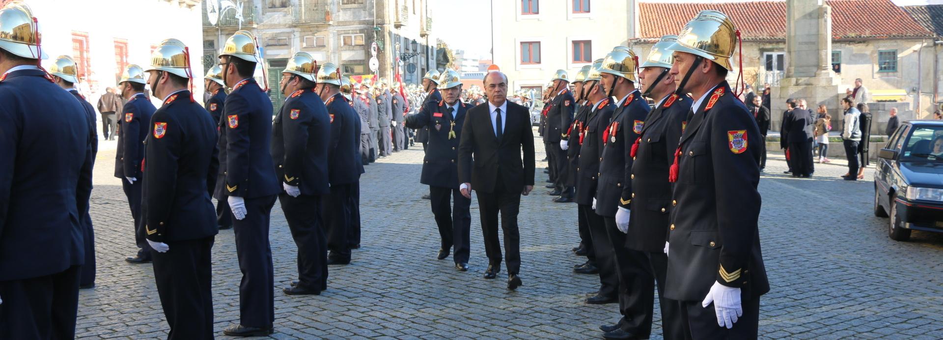Presidente da Câmara recebe Bombeiros Voluntários de Barcelos em dia de Aniversário