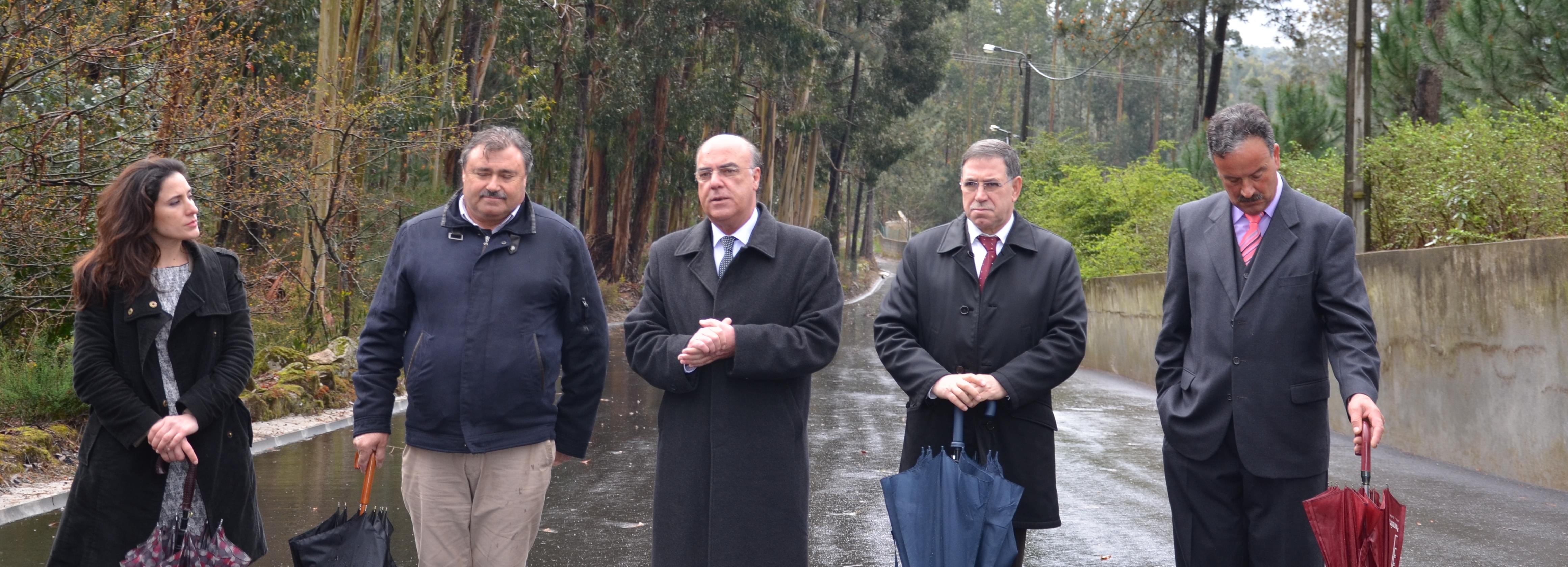 Presidente da Câmara Municipal de Barcelos visitou obras nas freguesias de Durrães e Tregosa