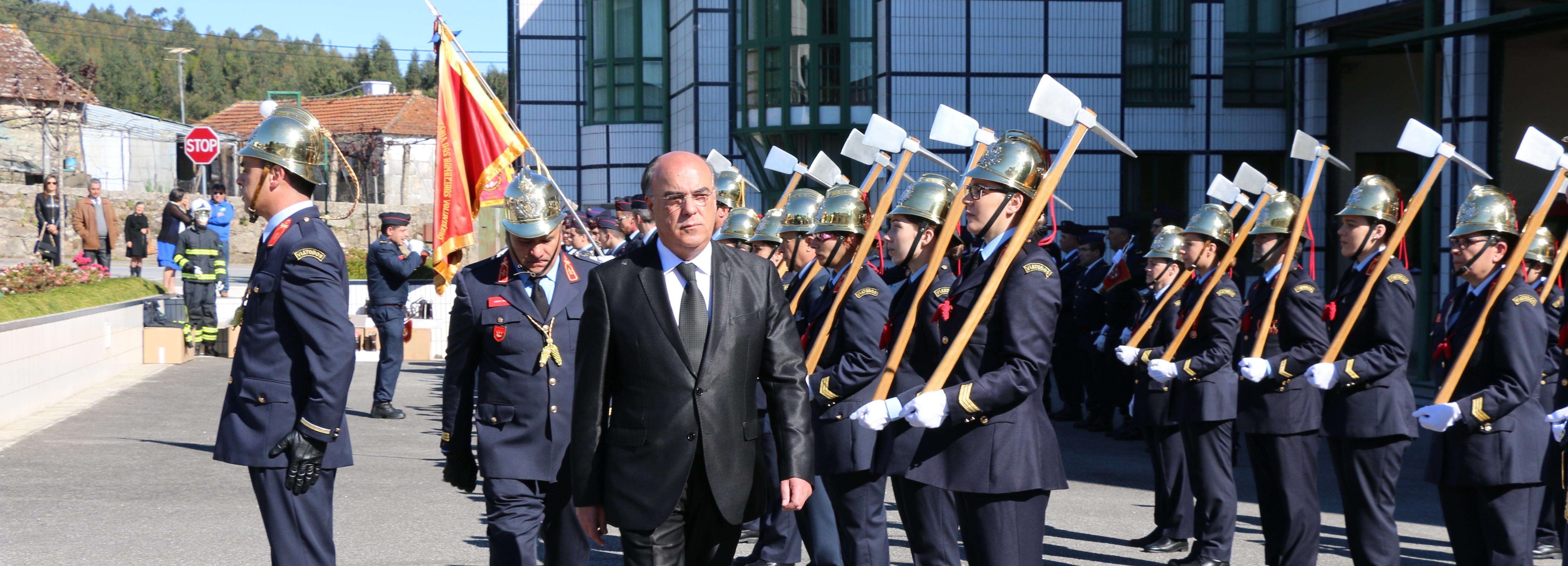 Presidente da Câmara na cerimónia do 33.º aniversário dos Bombeiros de Viatodos