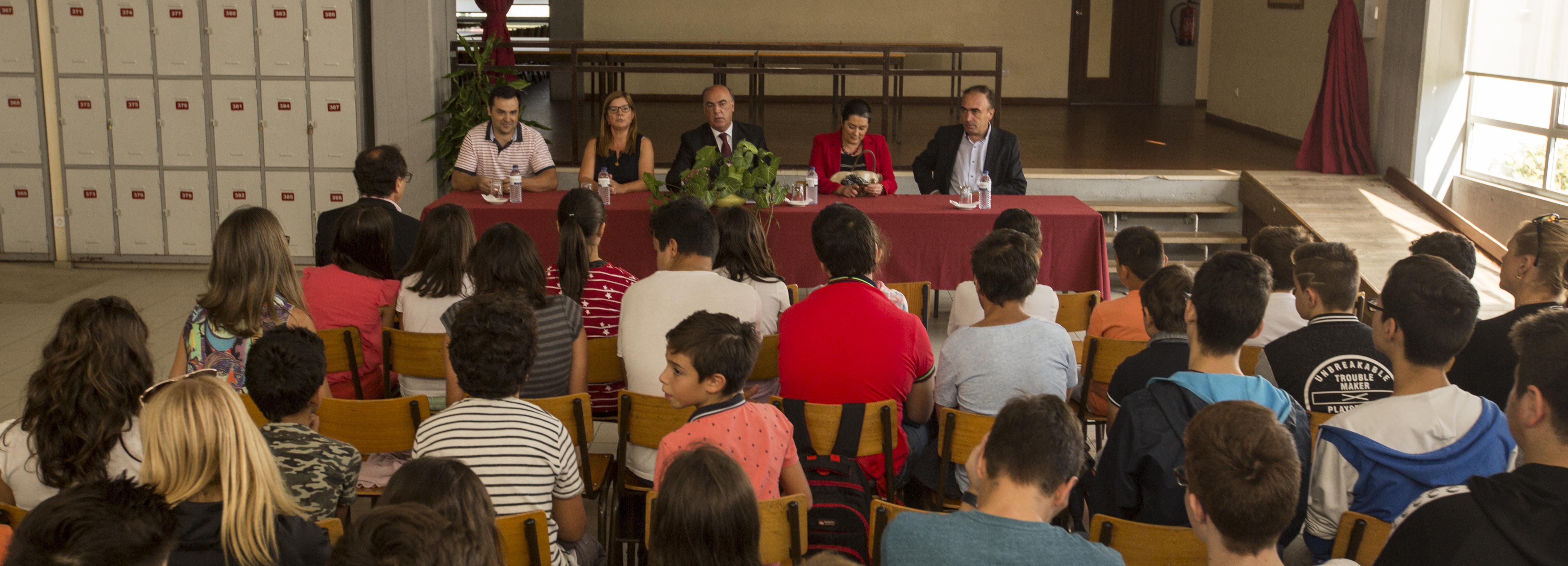 Presidente da Câmara presente no arranque do ano letivo na Escola Rosa Ramalho