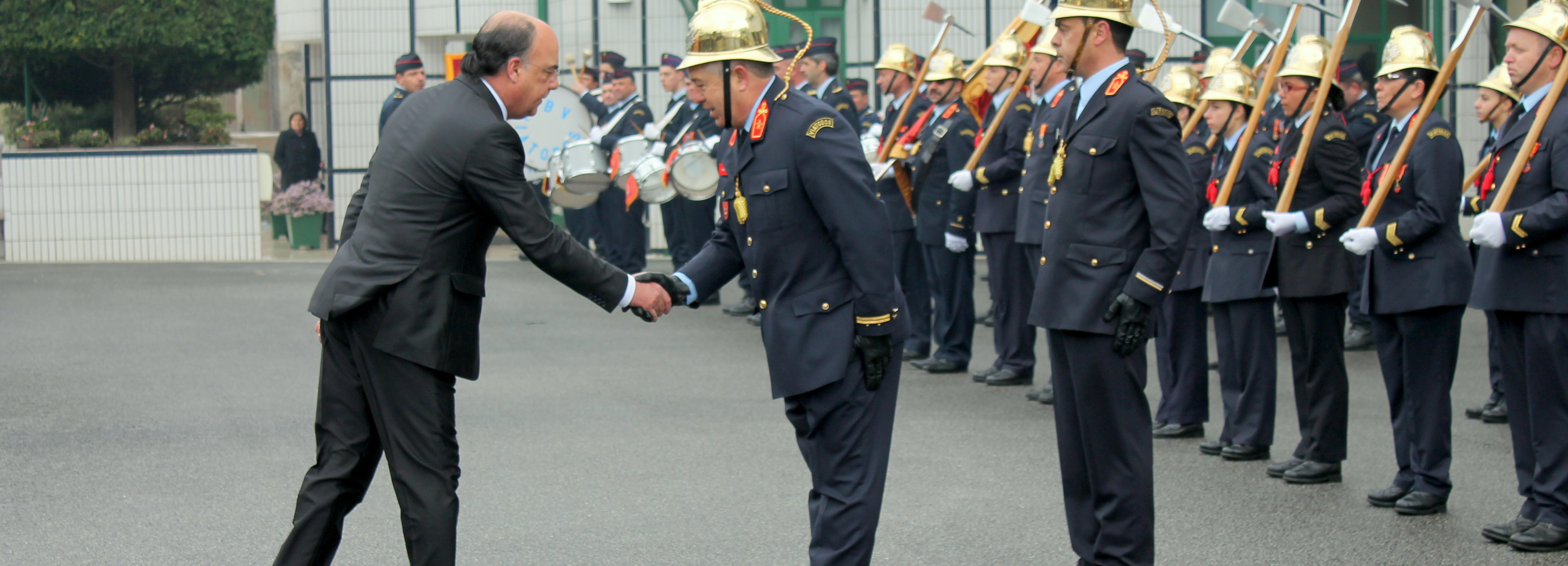 Presidente da Câmara felicita Bombeiros de Viatodos na passagem do 30.º aniversário da corporação