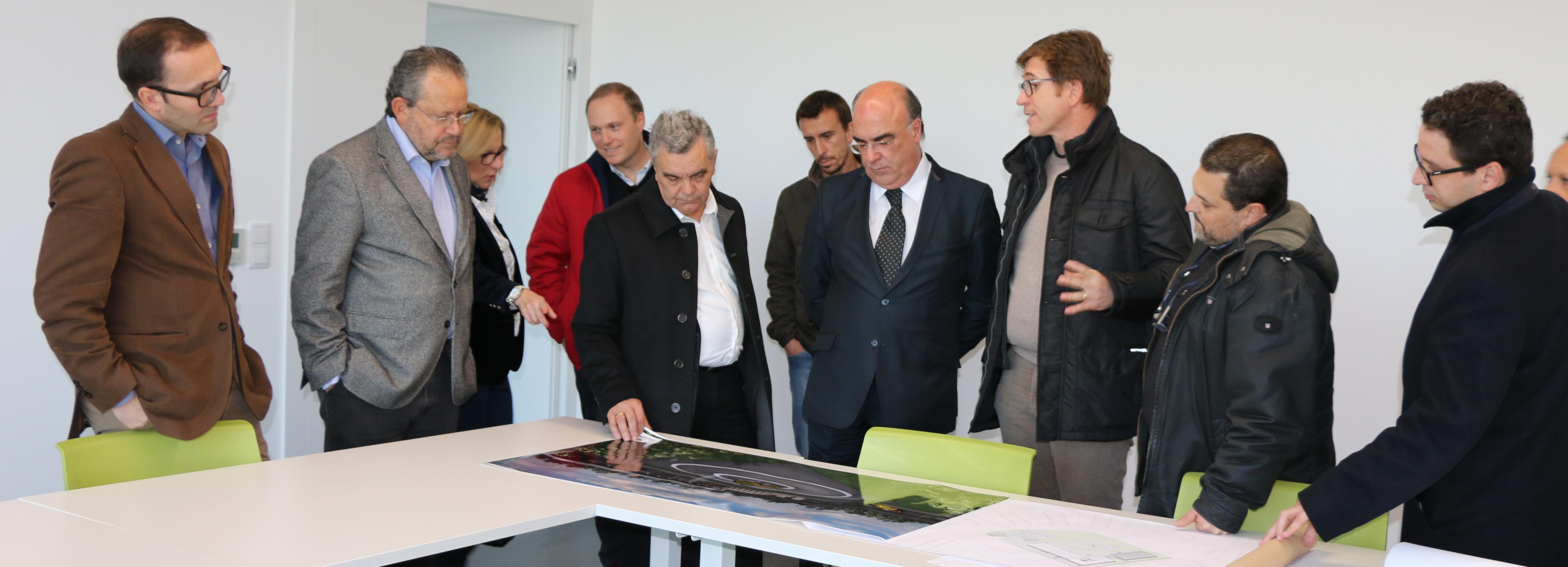 Executivo Municipal visitou novo quartel dos Bombeiros de Barcelinhos
