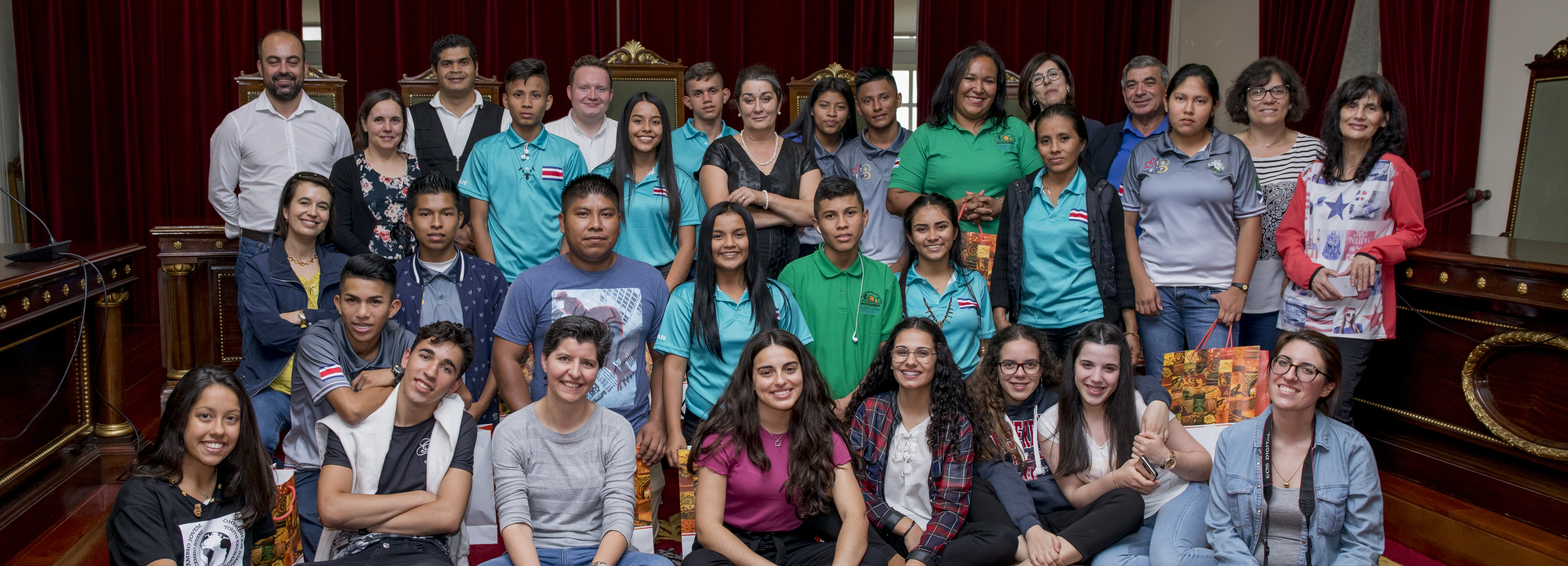Jovens da Costa Rica em digressão em Portugal