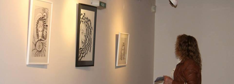 Sandra Gomes expõe ilustrações na Biblioteca Municipal de Barcelos