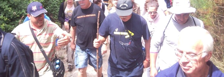 Passeio pedestre para conhecer o Monte de Airó