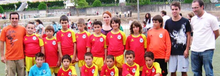 Equipa de andebol das AEC's de Vila Cova participa em torneio nacional