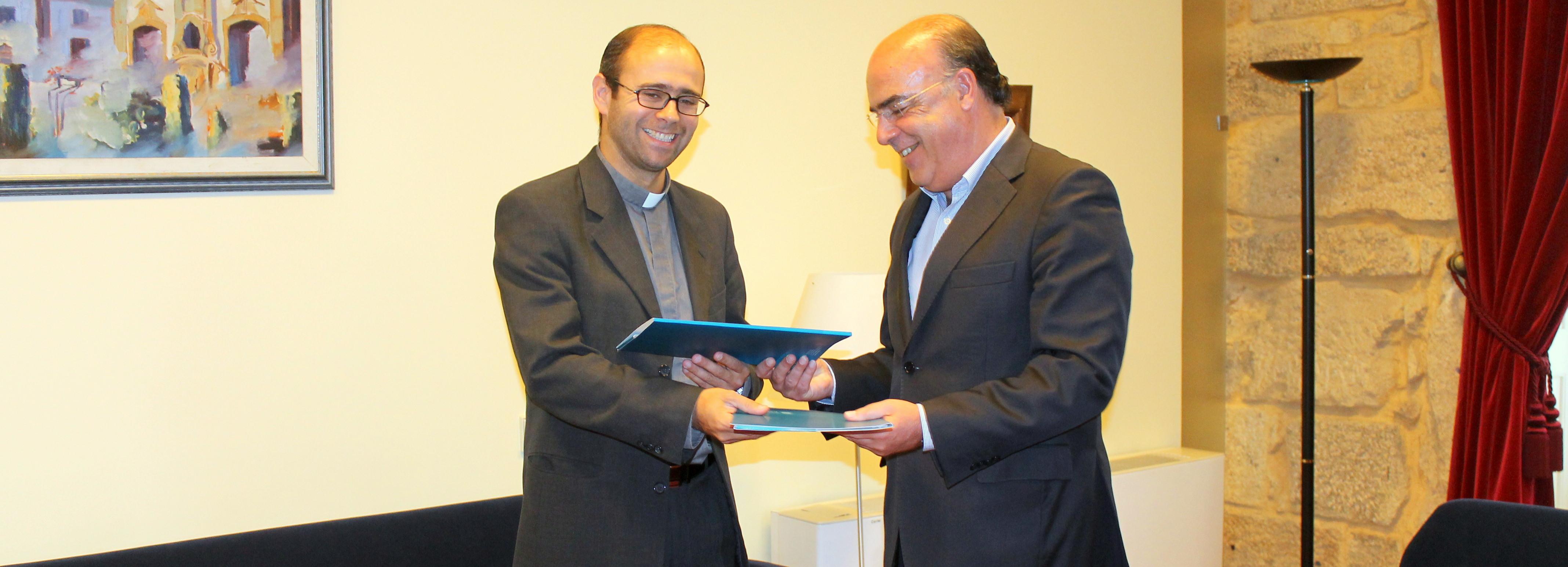 Município de Barcelos e Centro Social da Paróquia de Arcozelo assinam protocolo para apoiar famílias com crianças e jovens em risco