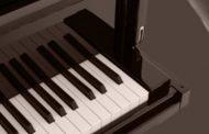 concerto de oboé e piano no salão nobre