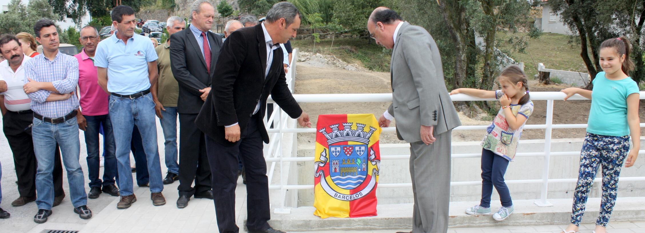 Presidente da Câmara inaugura reconstrução de ponte em Creixomil