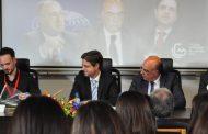 """mesa redonda debateu """"financiamento e gestão da..."""