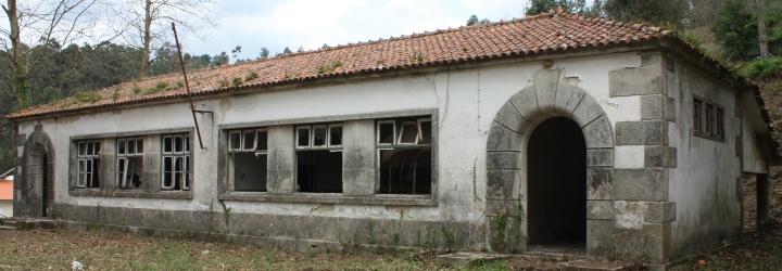 Antiga escola primária de Abade de Neiva doada à freguesia