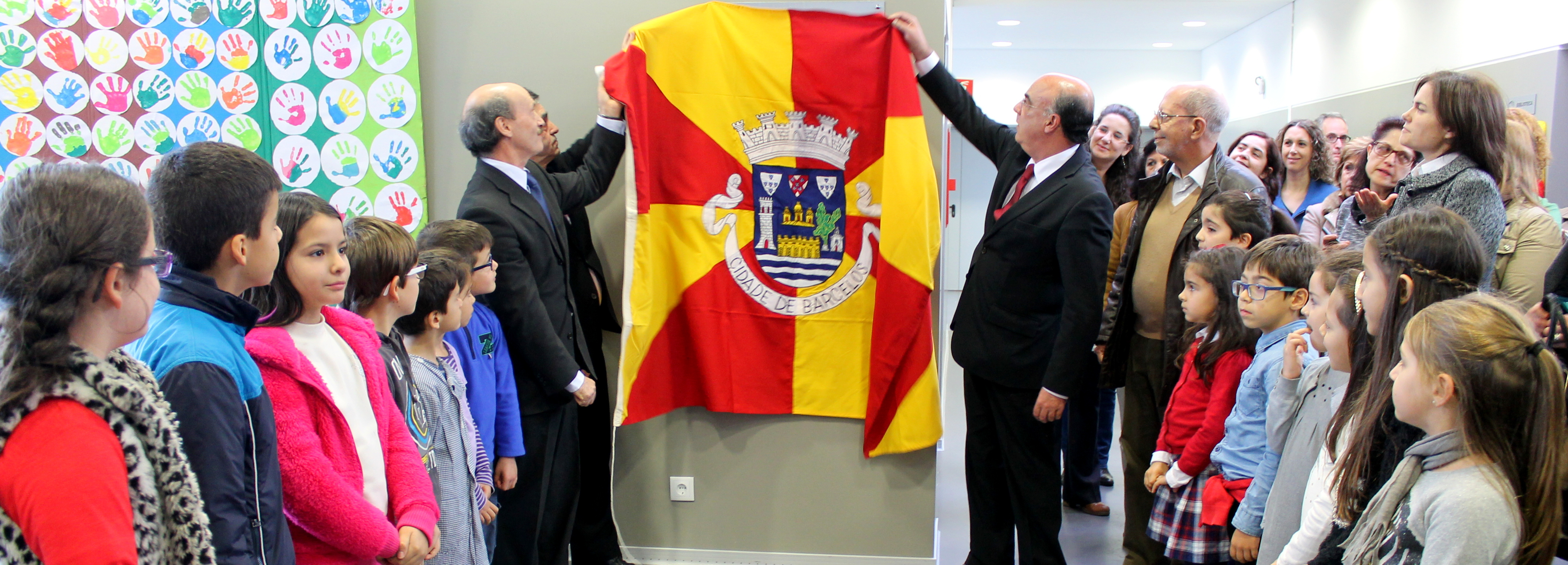 Presidente da Câmara inaugurou Centro Escolar de Arcozelo e Biblioteca António Torrado