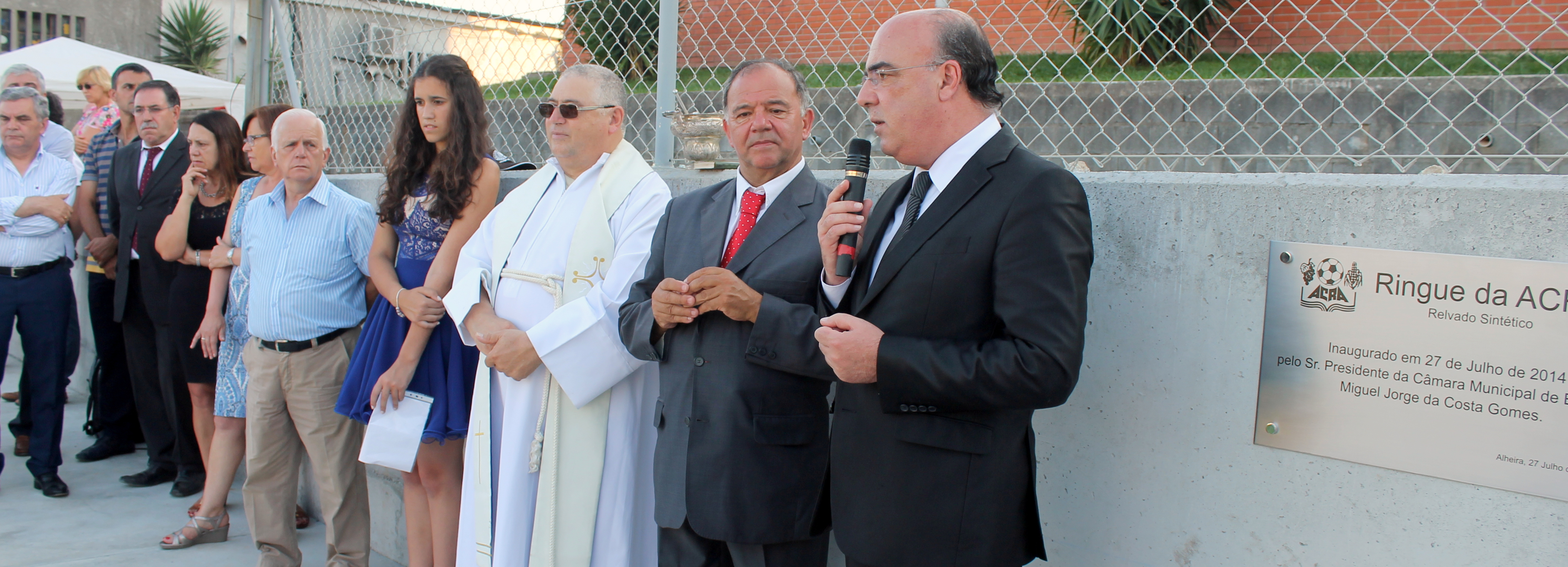 Alheira inaugurou ringue desportivo