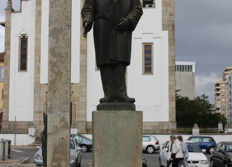 Monumento a João Duarte Veloso