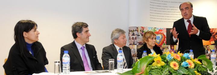 Presidente do Município de Barcelos e secretário de Estado inauguram exposição conjunta de artesanato certificado