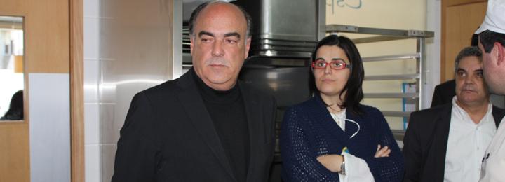 Miguel Costa Gomes inaugura cantina social
