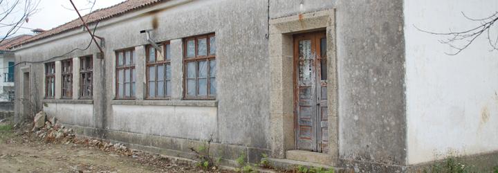 Câmara Municipal doa antiga escola à Freguesia de Carapeços