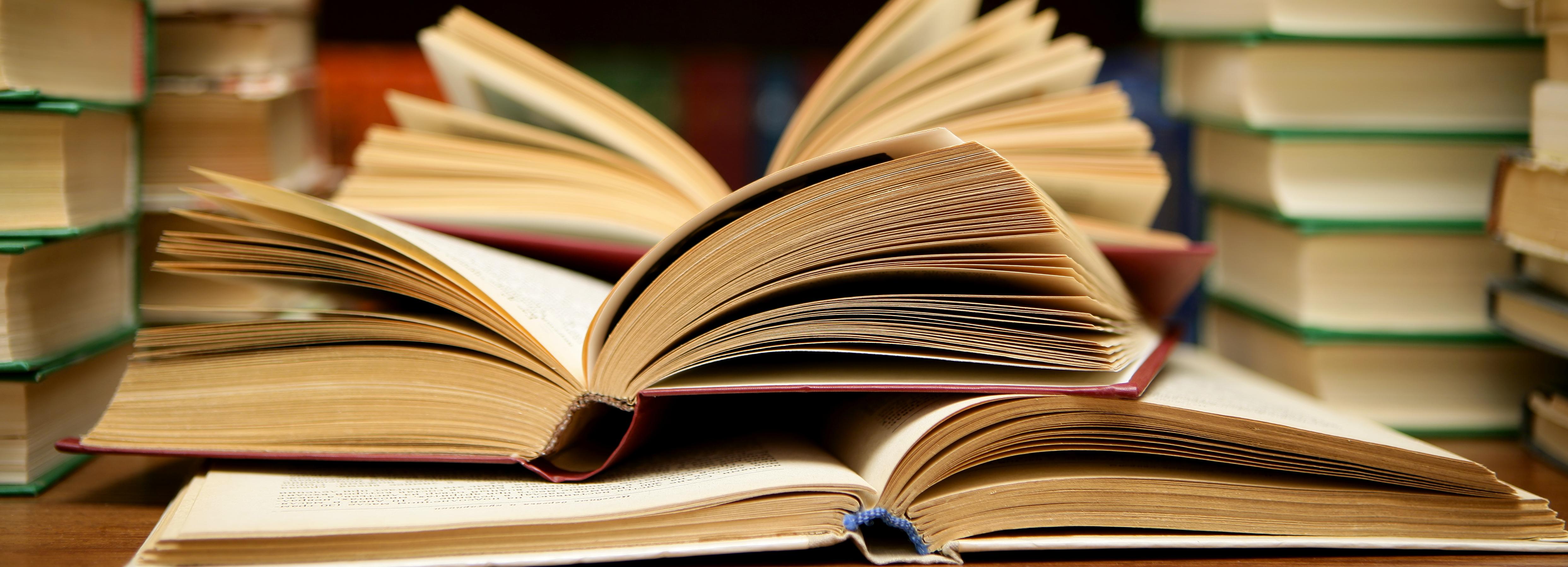 SOPRO recolhe livros escolares para doar