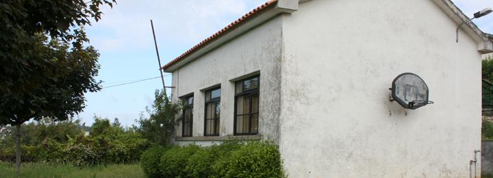 Câmara Municipal aprovou doação da antiga escola primária à Freguesia de Mariz