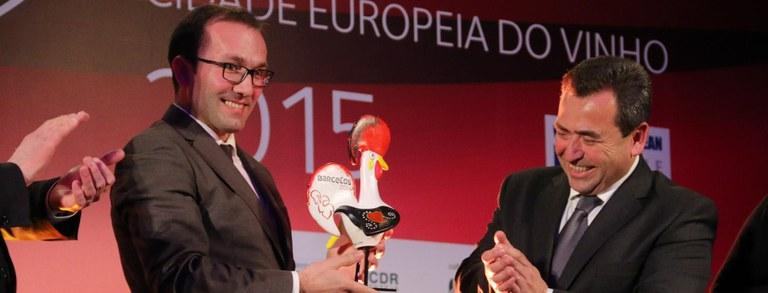 Barcelos recebe voto de Louvor da Associação de Municípios Portugueses do Vinho