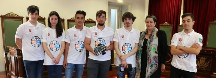 Alunos da Escola de Barcelinhos sagram-se vice-campeões mundiais de robótica