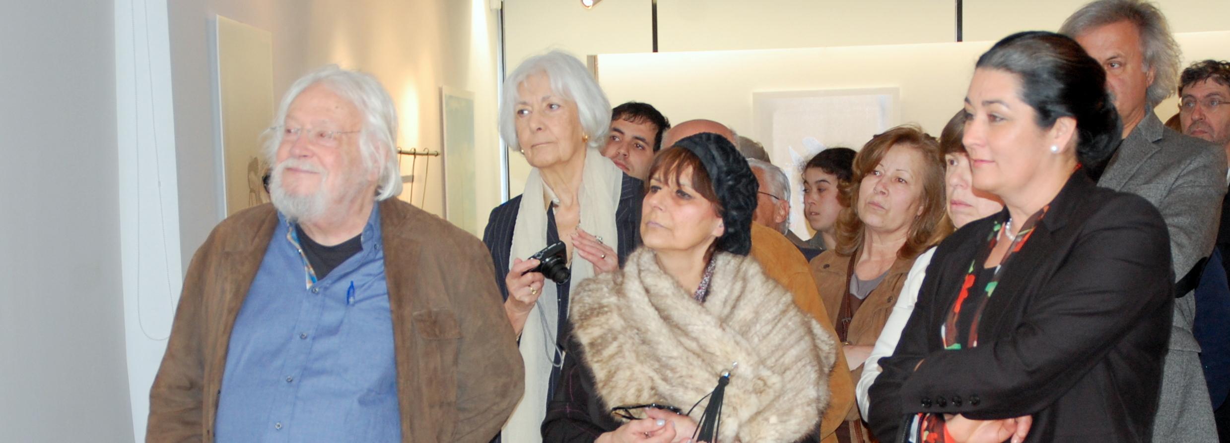 Júlio Pomar na inauguração de exposição na Galeria Municipal de Arte