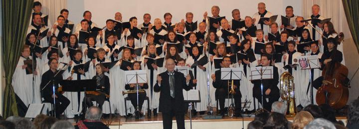 Câmara Municipal promoveu concerto de Reis na sede dos Bombeiros de Viatodos