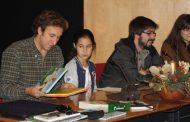 escritor e ilustradores em encontro com alunos ...