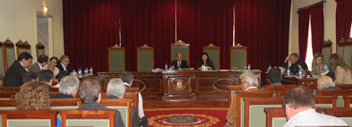Câmara Municipal rejeita a reorganização administrativa e reafirma a defesa das 89 freguesias do concelho
