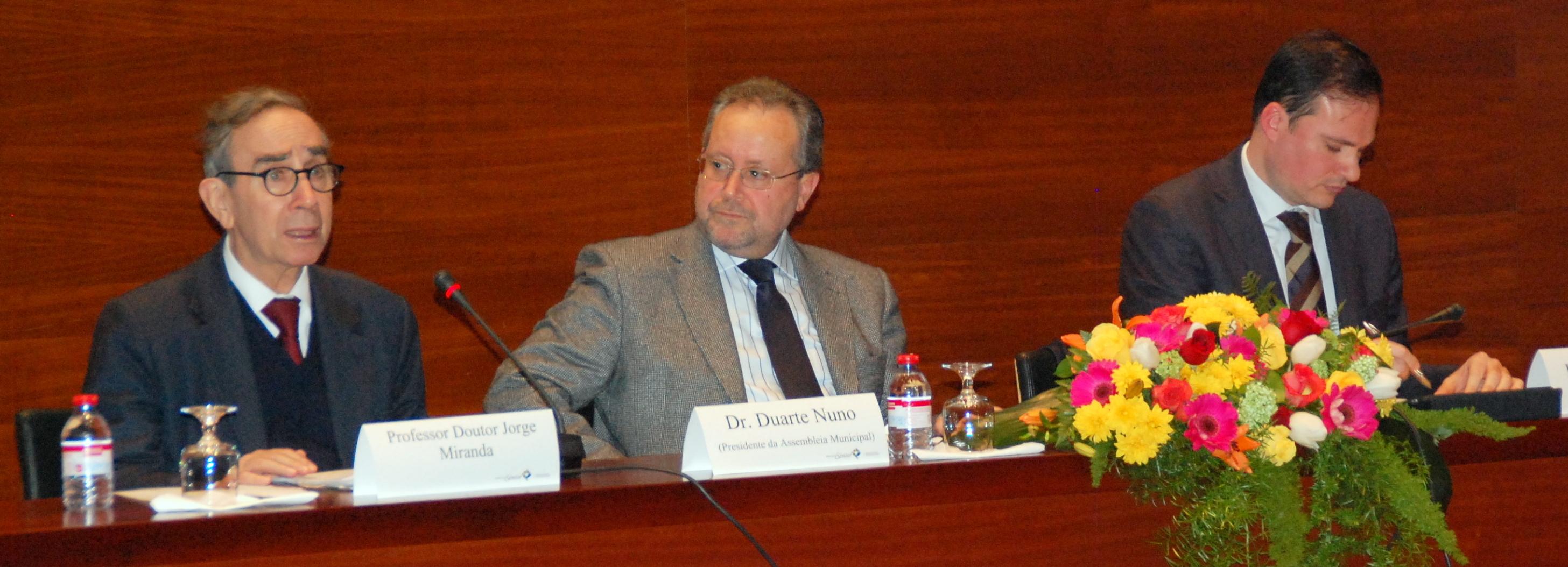 Jorge Miranda diz que a Constituição não impede o desenvolvimento económico