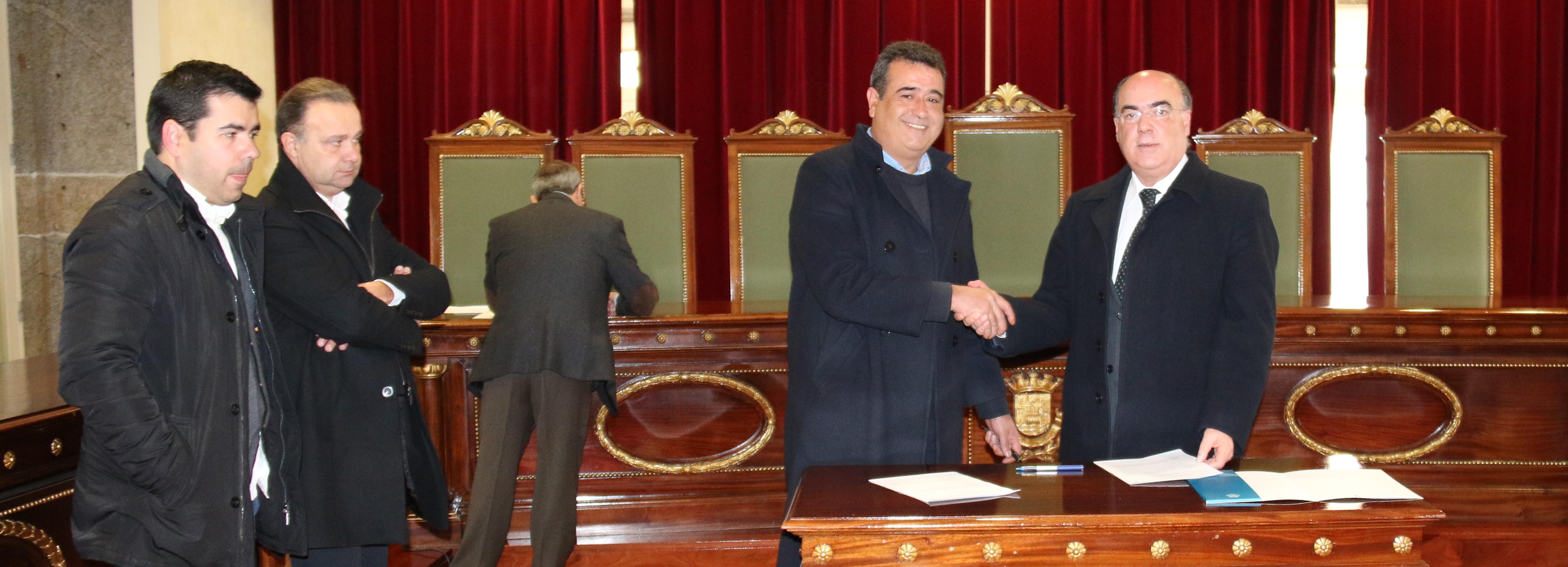 Câmara Municipal assina Contratos de Desenvolvimento Desportivo para 2015