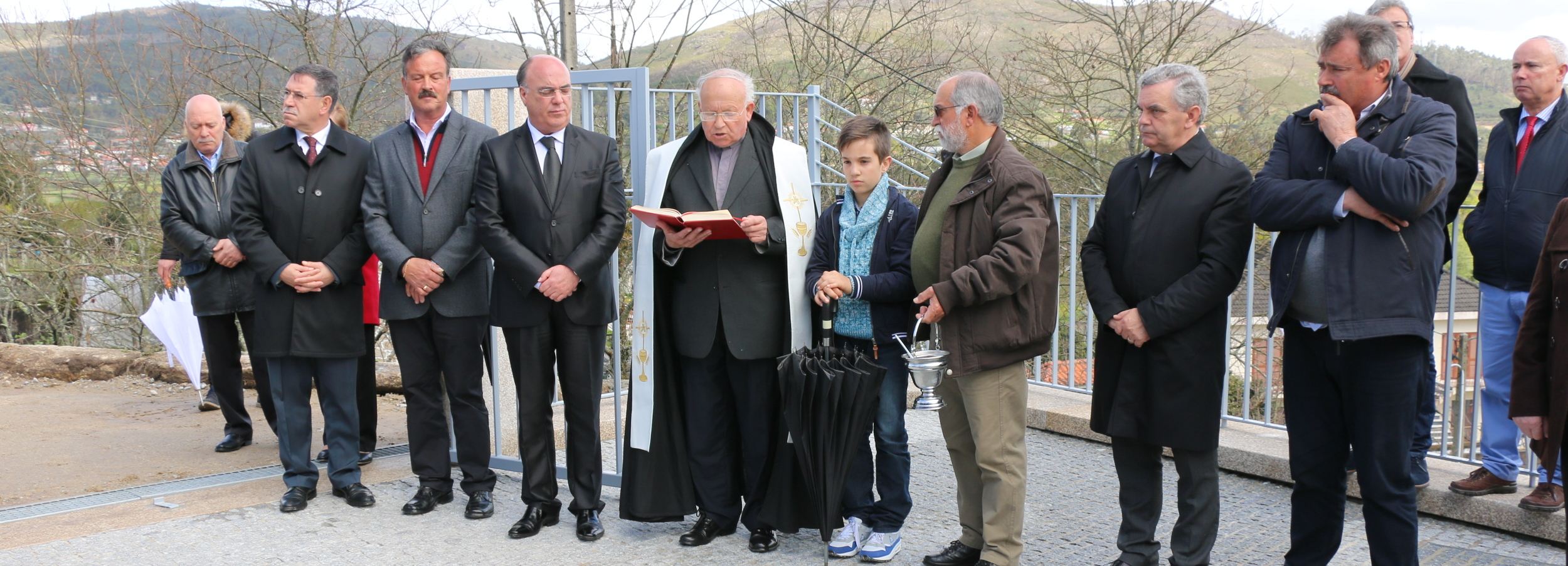 Presidente da Câmara inaugurou ampliação do cemitério de Durrães