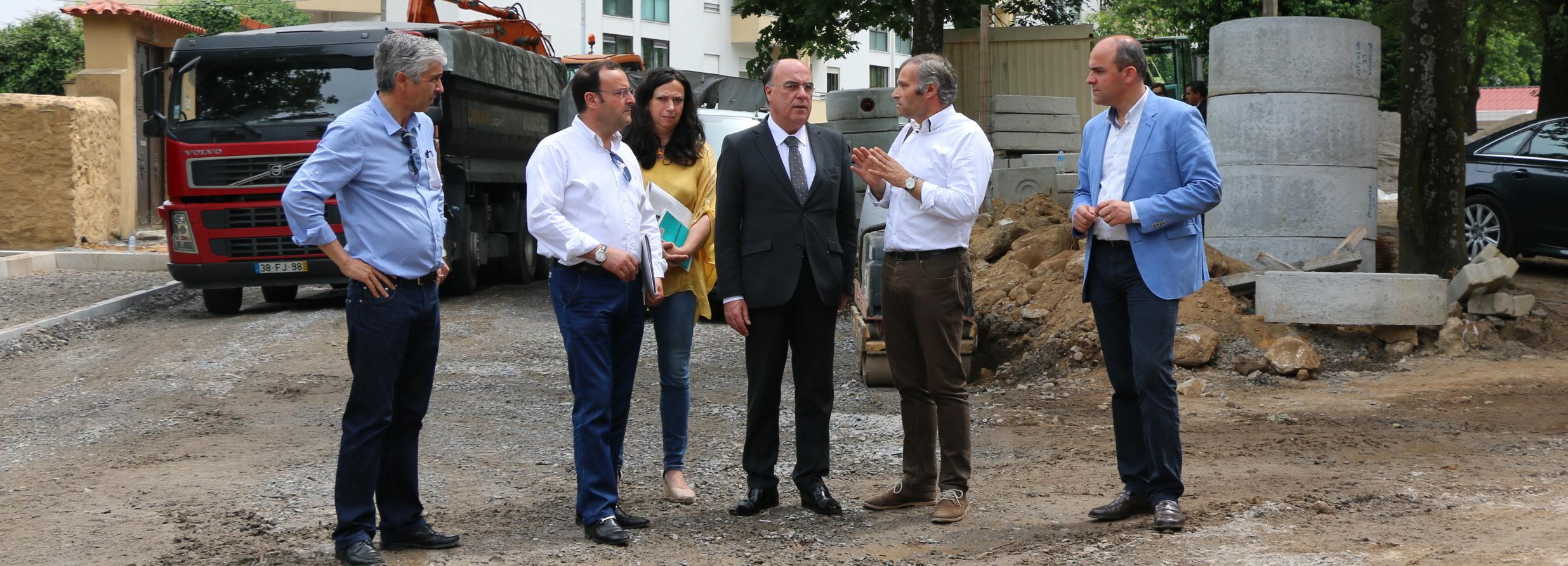 Presidente da Câmara visitou obras no Campo 25 de Abril