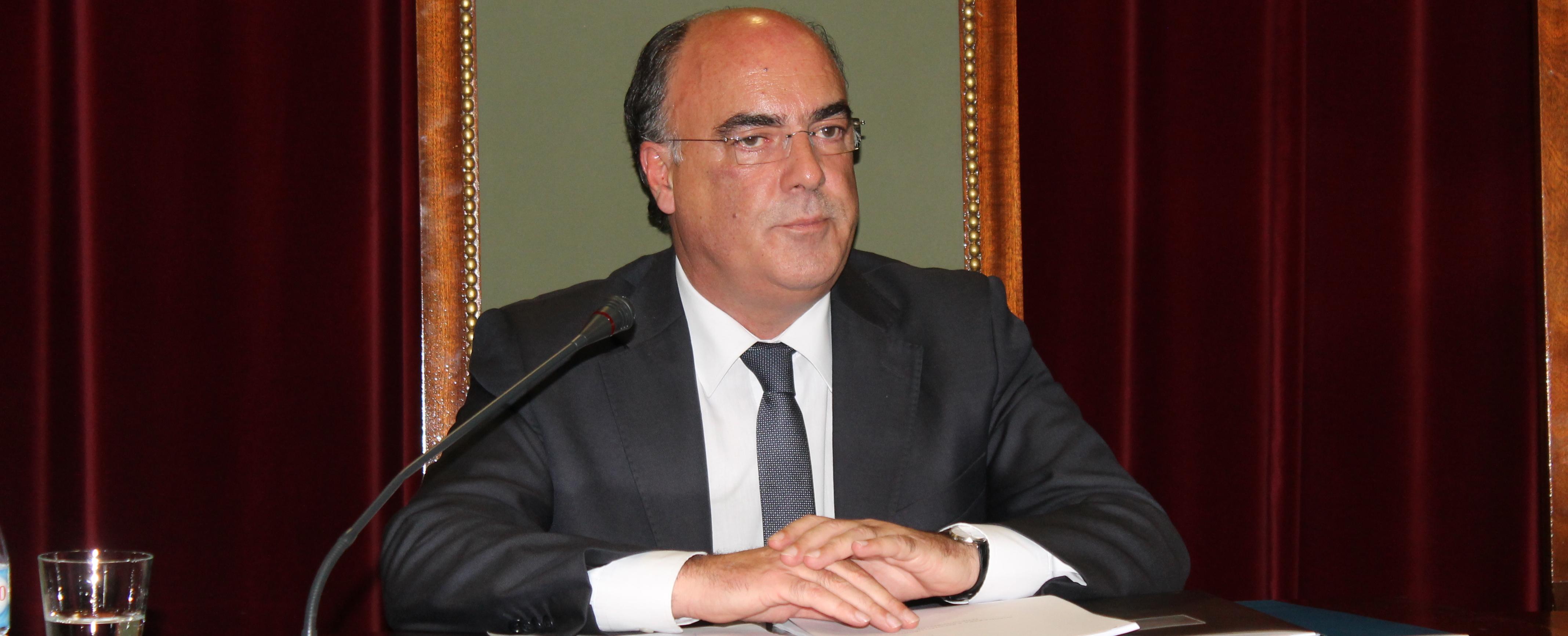 Novo executivo municipal delibera sobre delegação de competências