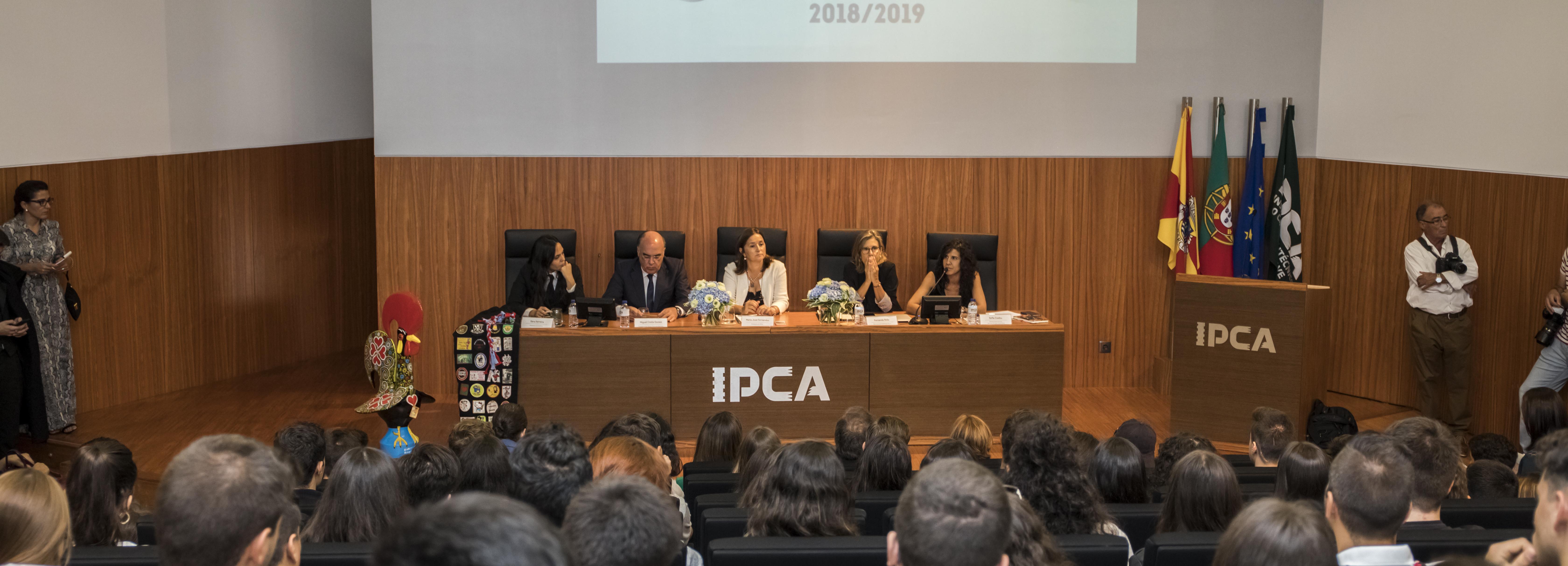 Presidente da Câmara e Secretária de Estado da Ciência, Tecnologia e Ensino Superior na abertura do WELCOME IPCA 2018
