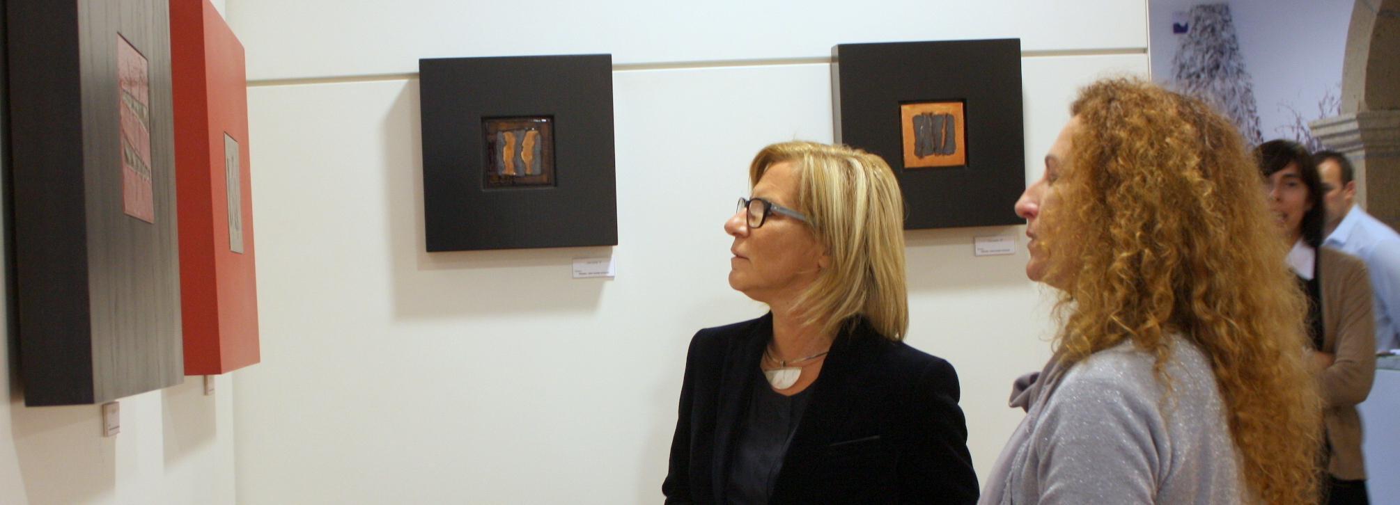 Exposição de azulejos de Ana Campos no Museu de Olaria