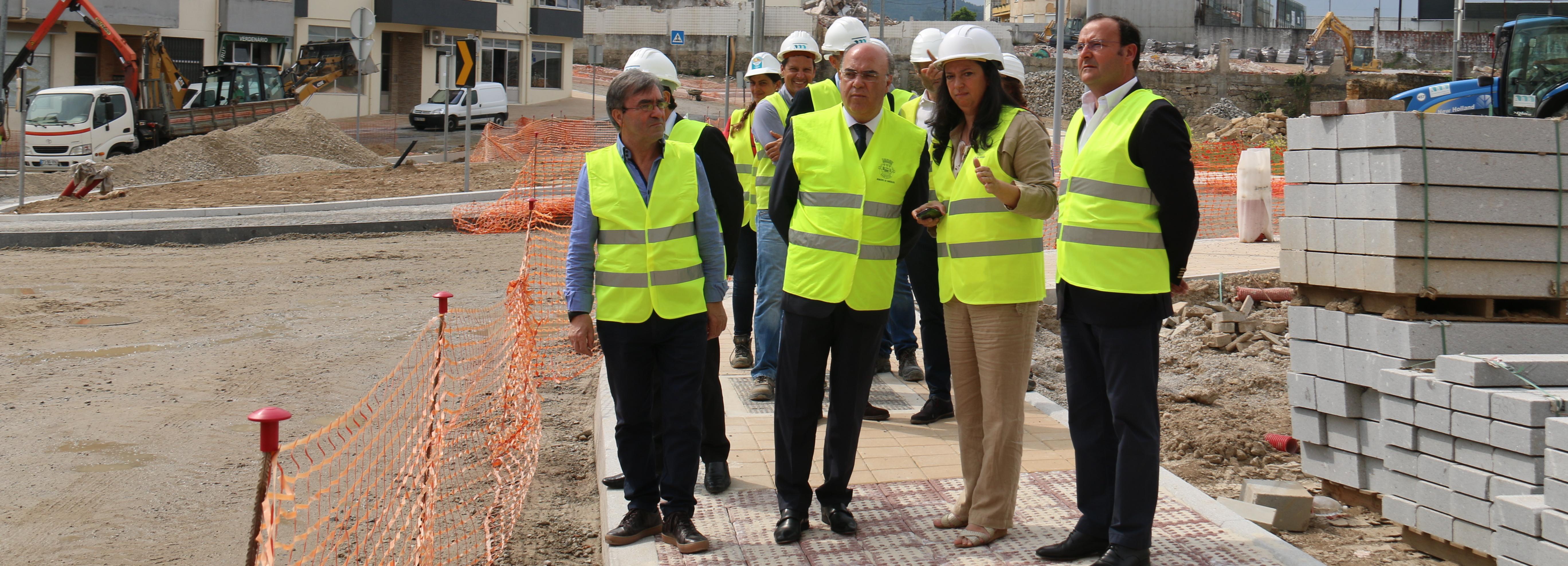 Presidente da Câmara visitou obras da Rua de Santa Marta