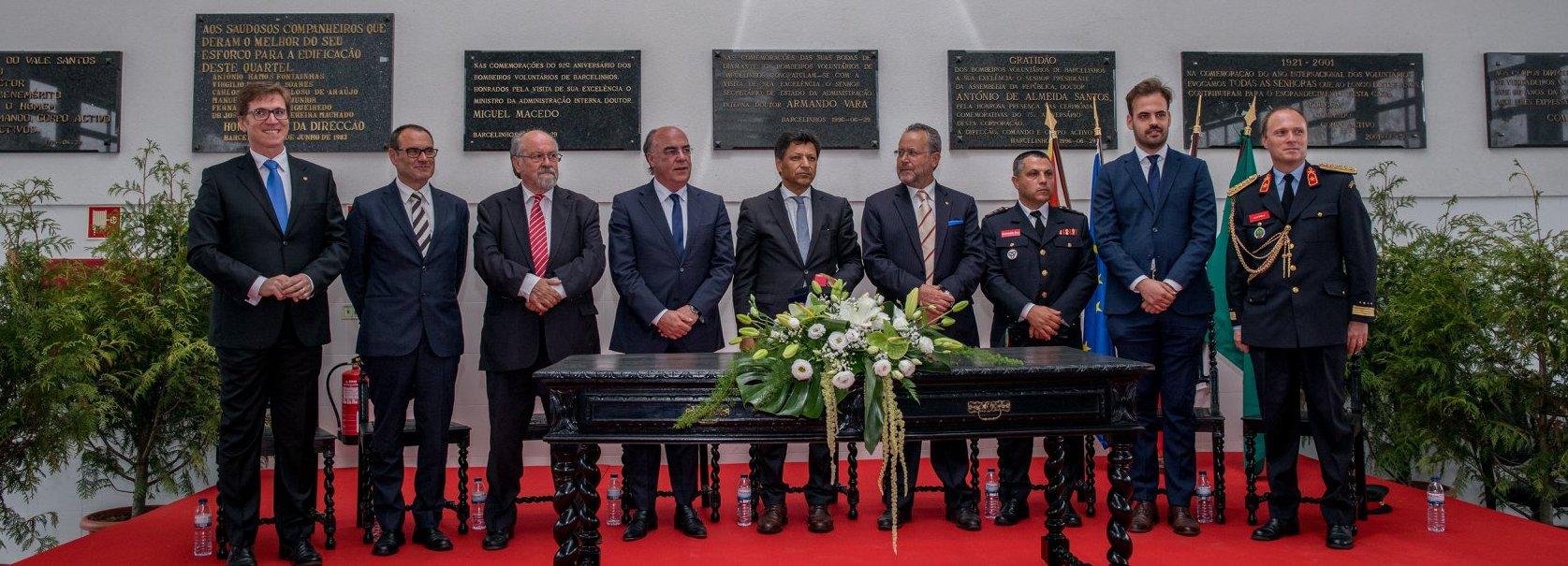 Secretário de Estado e Presidente da Câmara Municipal louvam trabalho dos Bombeiros de Barcelinhos