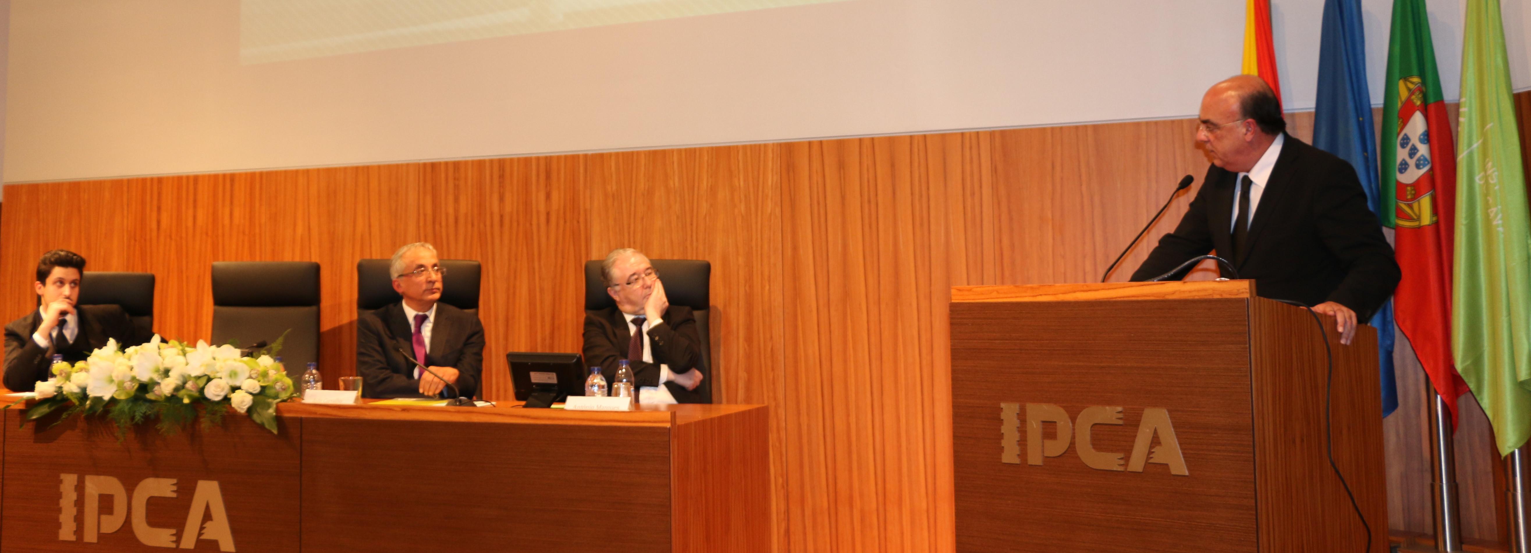 """Câmara de Barcelos """"oferece"""" novos acessos ao IPCA"""
