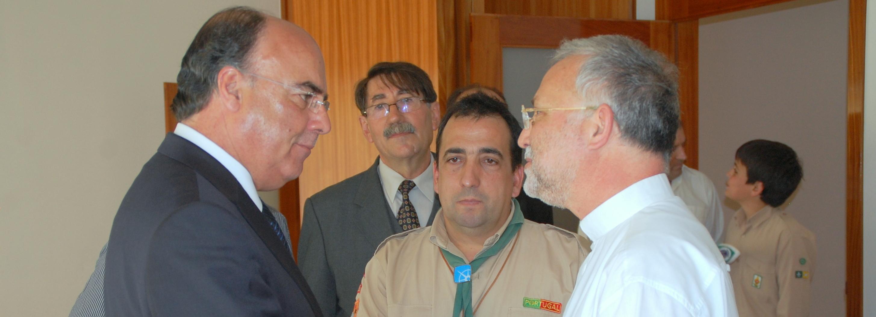 Presidente da Câmara visitou Centro Paroquial de Adães