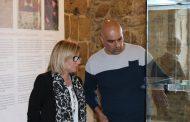 acervo arqueológico municipal em exposição na t...