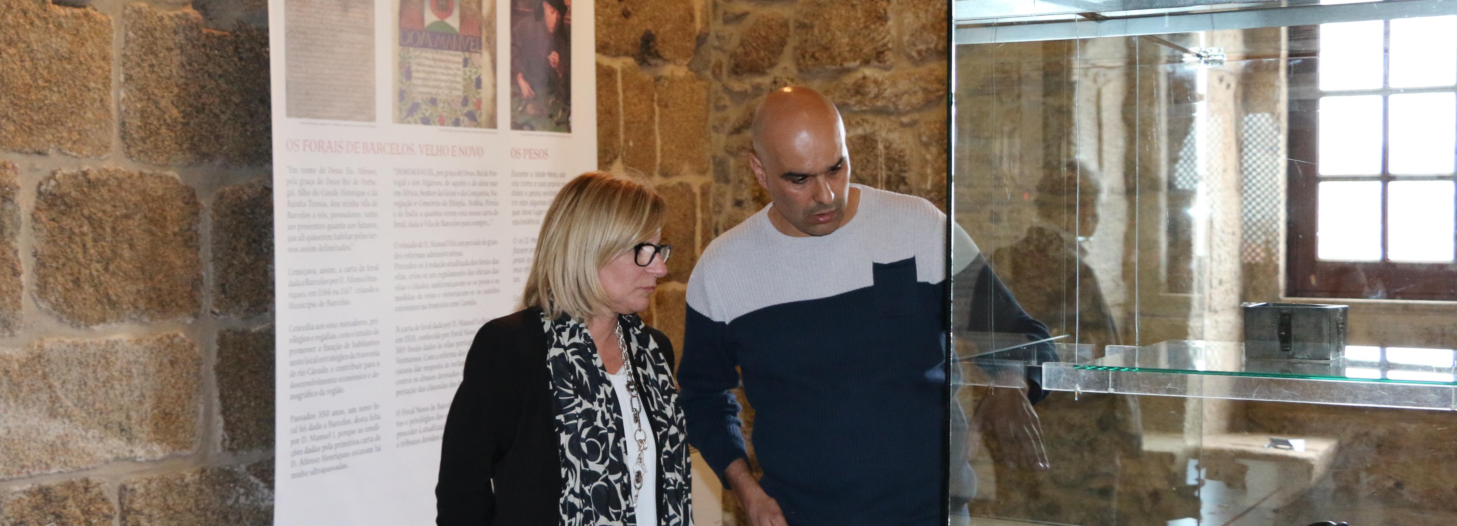 Acervo arqueológico municipal em exposição na Torre Medieval