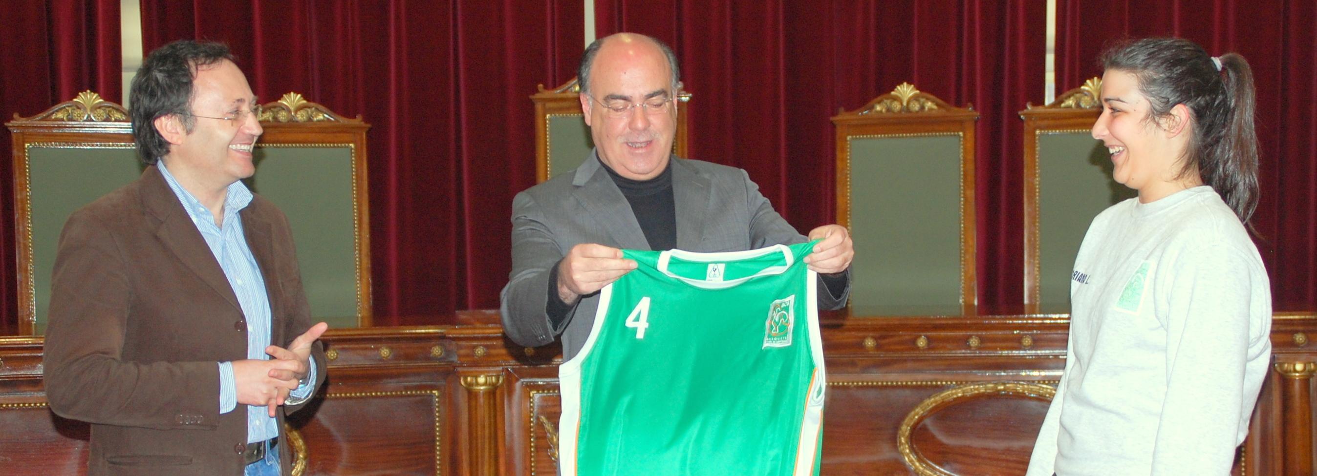 Presidente da Câmara assinou protocolo com Basquete Clube de Barcelos
