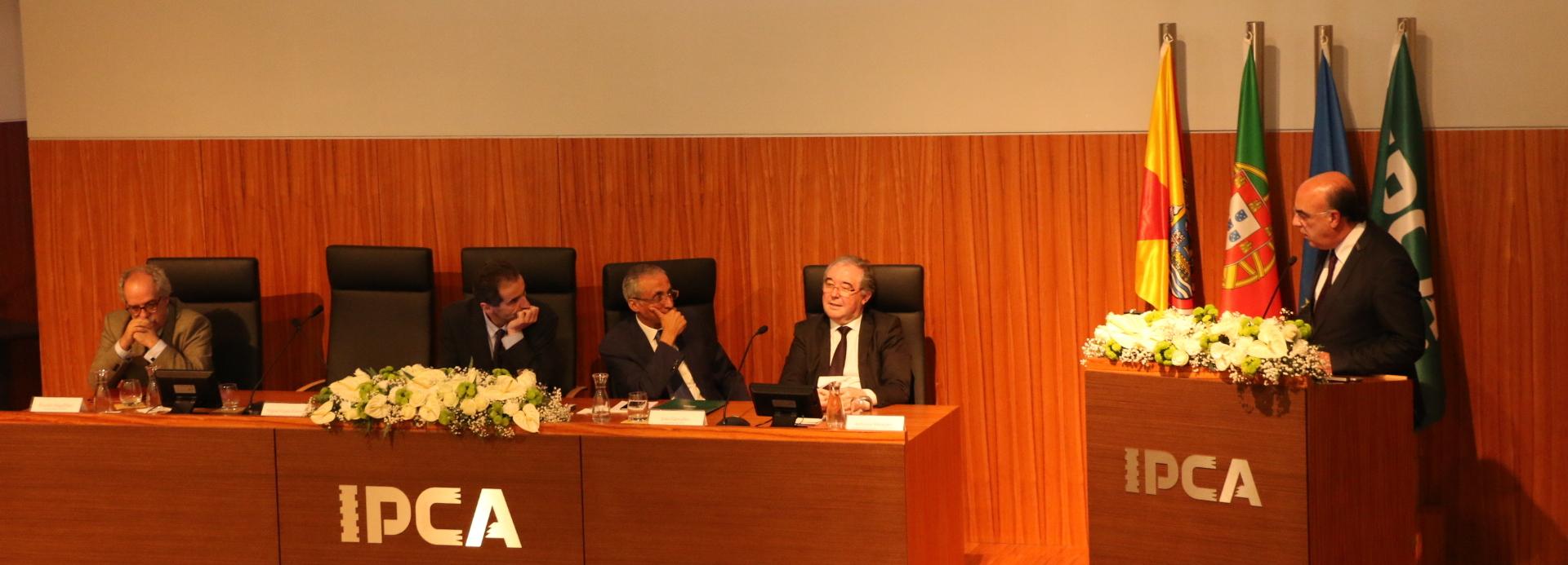 IPCA comemora 22 anos com a homenagem  a docentes e alunos de referência