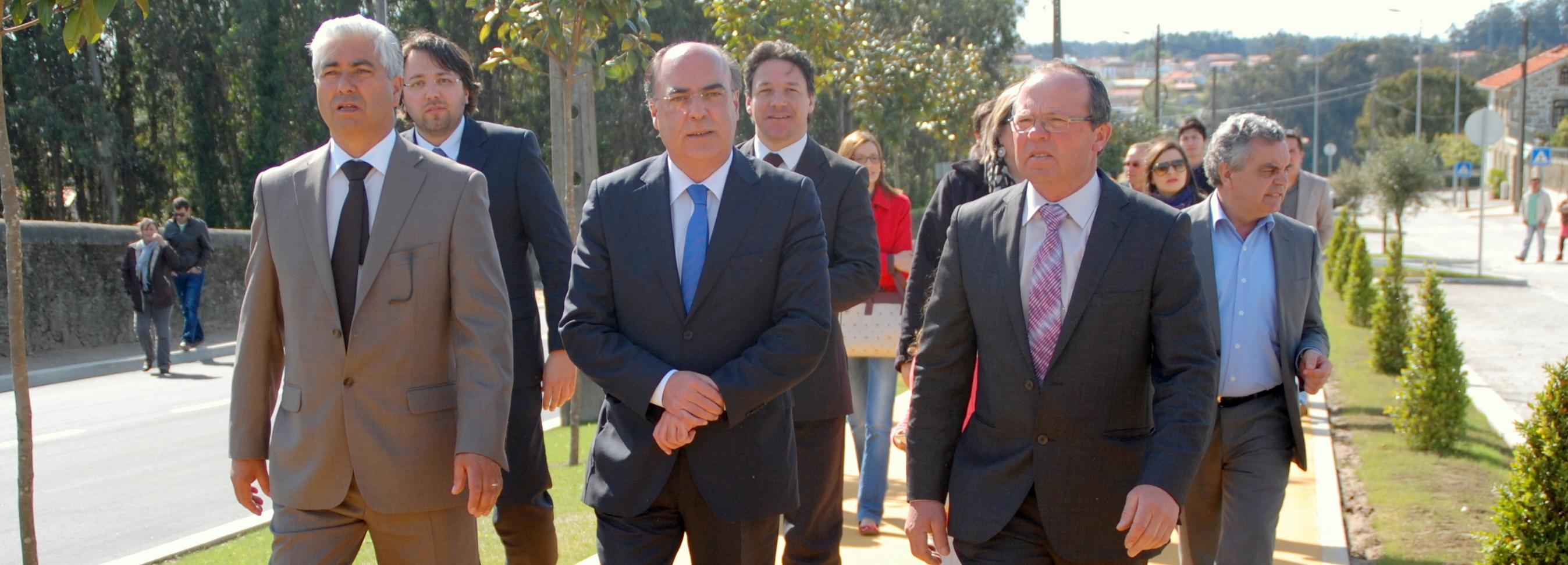 Presidente da Câmara inaugura arranjo urbanístico no centro da freguesia de Cristelo