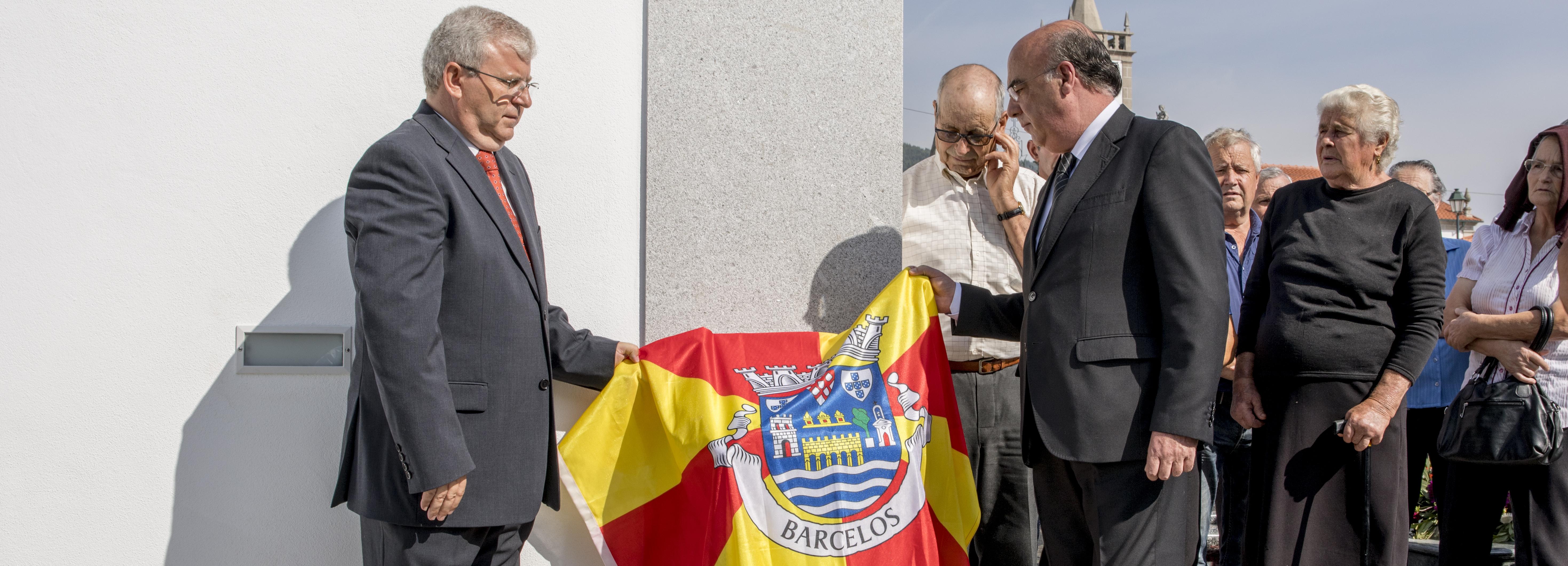 Presidente da Câmara inaugurou ampliação do cemitério de Tamel Santa Leocádia