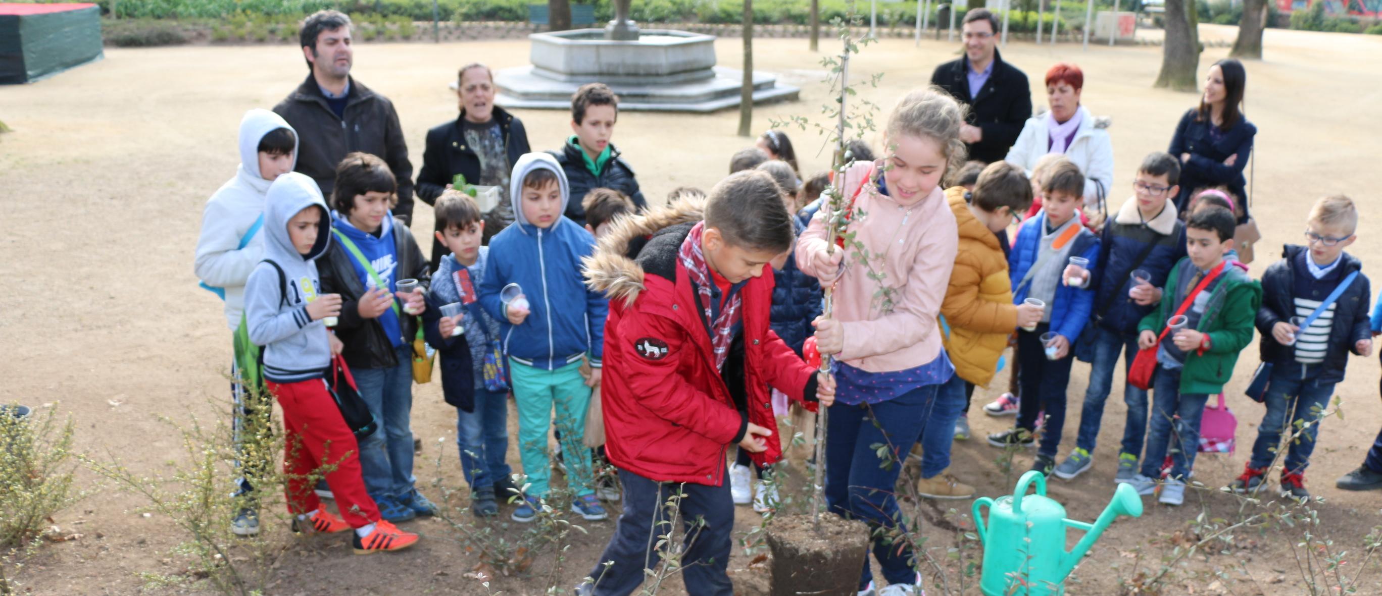 Câmara Municipal de Barcelos comemorou o Dia Internacional das Florestas