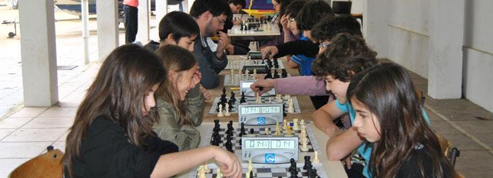 Secção de Xadrez do CCCB participou no Dia Mundial da Criança
