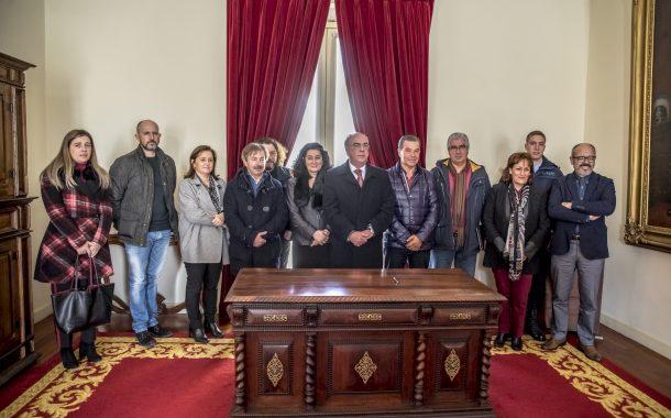 município assina acordo com 13 instituições do ...
