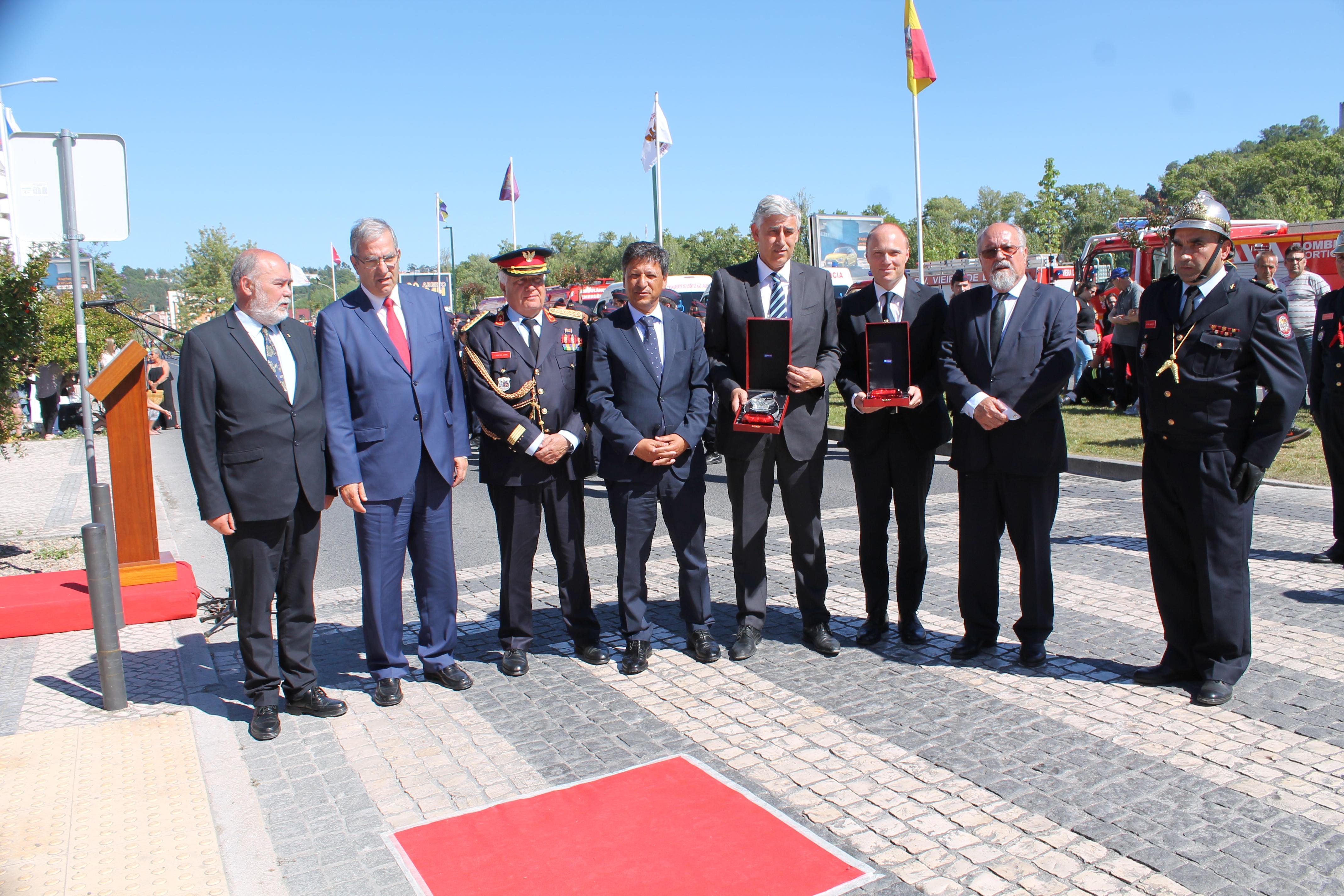 Município de Barcelos recebe menção honrosa da Liga dos Bombeiros Portugueses